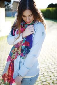 refrigiwear and desigual foulard